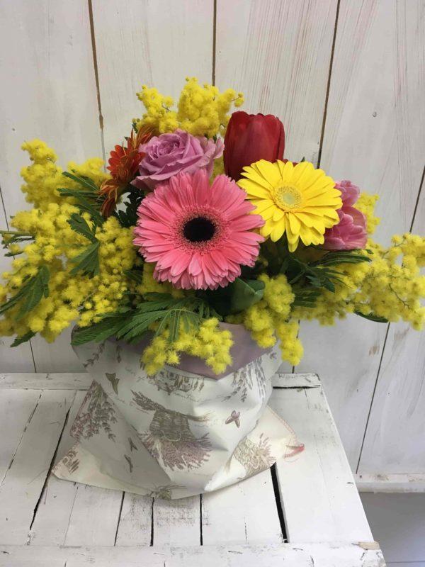 Bouquet_fiori_mimosa_sacco